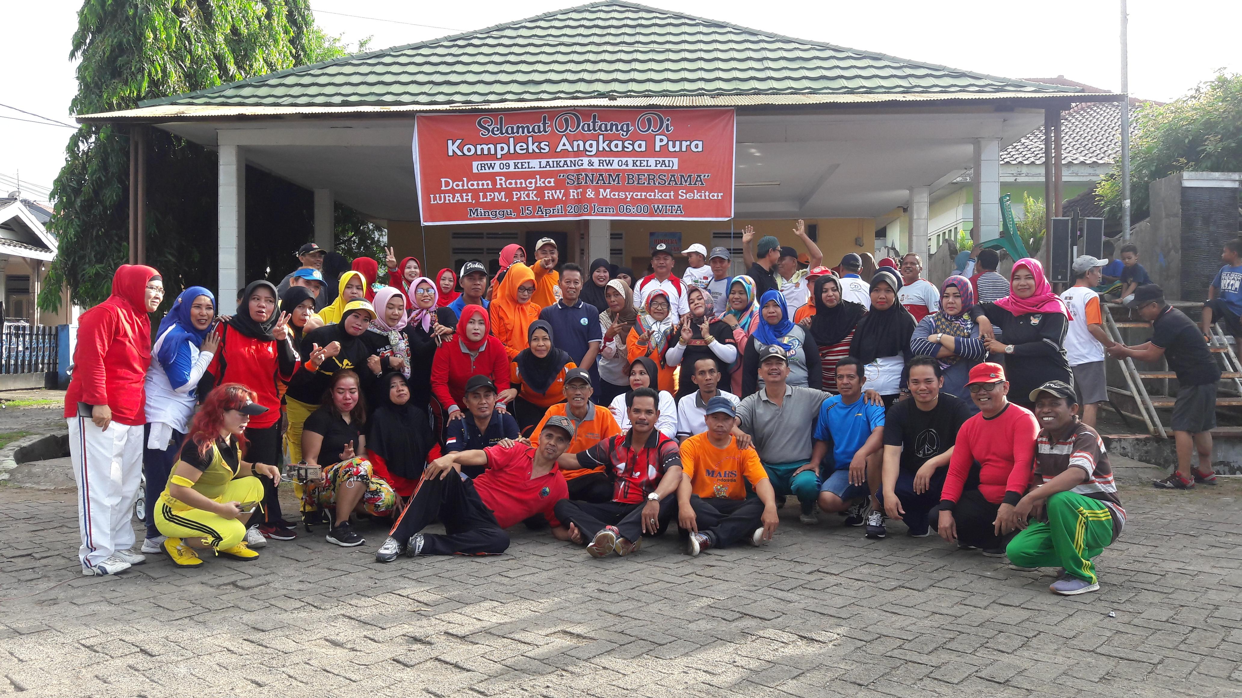 St Fatimah : Senam Bersama Warga Kelurahan Laikang