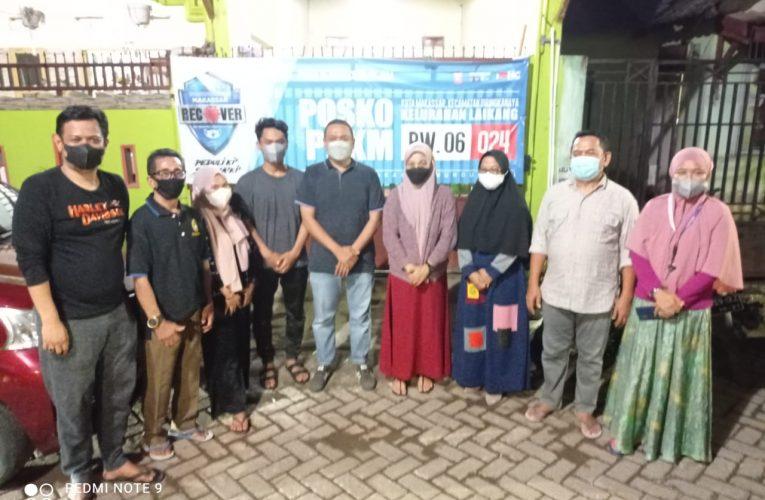 Mahyuddin. SSTP, M.AP Bersama Plt Lurah Laikang Kunjungi Posko PPKM Wilayah RW 06